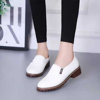 オックスフォードシューズ*シンプルデザイン*ホワイト*新品(ローファー/革靴)