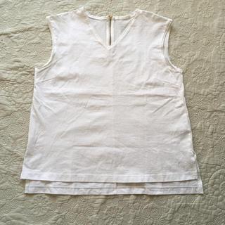 ジーユー(GU)のホワイトインナー(カットソー(半袖/袖なし))