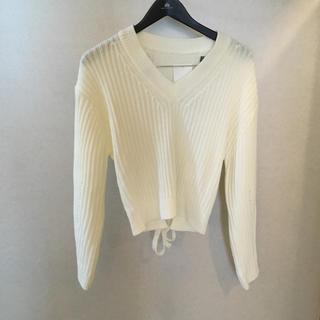 後ろリボン 韓国ファッション(ニット/セーター)