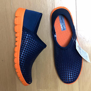 クロックス(crocs)の新品未使用 EVAサンダル リカバリーサンダル サイズS(サンダル)