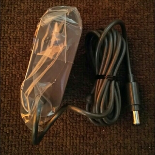 ダイソン(Dyson)のダイソン 純正品 充電器 ACアダプター 新品(掃除機)