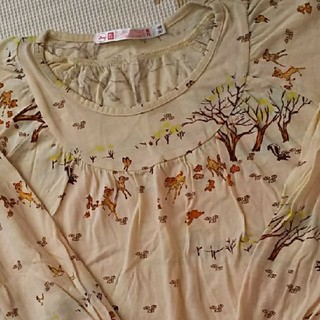 ユニクロ(UNIQLO)の120cm  美品  ユニクロ×ディズニー  バンビ   ロンT  チュニック(Tシャツ/カットソー)