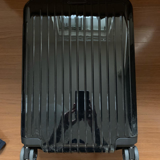 リモワ(RIMOWA)のリモワ エッセンシャルライトキャビン S ブラック 新作 サルサ サルサエアー(トラベルバッグ/スーツケース)