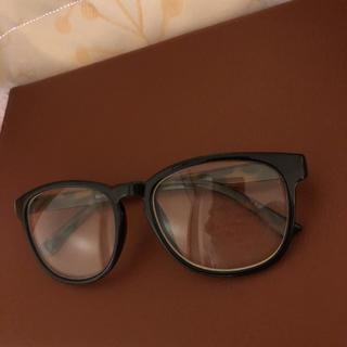 ジーユー(GU)の伊達眼鏡(サングラス/メガネ)