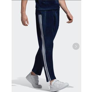 アディダス(adidas)のadidas ベロアパンツ(その他)