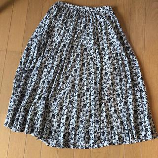 ジーユー(GU)のGU 花柄プリーツスカート(ひざ丈スカート)