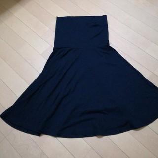 ジーユー(GU)のGUブラックフレアースカート(ひざ丈スカート)