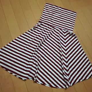 ジーユー(GU)のGUストライプ(ひざ丈スカート)