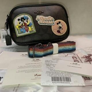 コーチ(COACH)のCOACH F28344 ディズニーミッキーミニーマウスポーチダブ新品(ショートパンツ)