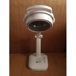 オムロン(OMRON)の送料込み オムロン 赤外線治療器 HIR-226(ボディケア/エステ)