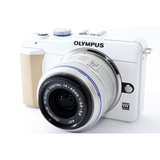 オリンパス(OLYMPUS)の☆シンプルな操作性♪WiFiカード付き☆オリンパス E-PL1s ホワイト(ミラーレス一眼)