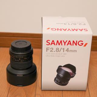 samyang F2.8/14mm canon EFマウント 超美品(レンズ(単焦点))