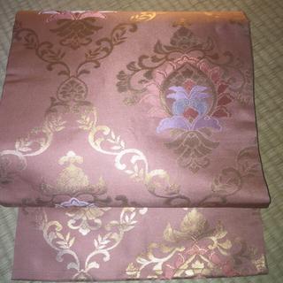 曙色の名古屋帯 春の着物に合わせていかがでしょう! 花唐草模様 松葉仕立 ピンク(帯)