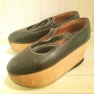 ヴィヴィアンウエストウッド(Vivienne Westwood)のヴィヴィアンウエストウッドロッキンホースバレリーナブラック(ローファー/革靴)