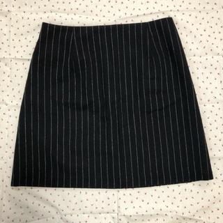ジーユー(GU)のGU 黒ストライプスカート(ミニスカート)