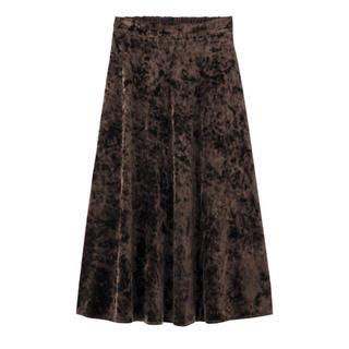 ジーユー(GU)のGUクラッシュベロアスカート*ジーユーフレアロングスカート(ロングスカート)