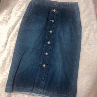 ジーユー(GU)のGU デニムフロントボタンミディスカート (ひざ丈スカート)