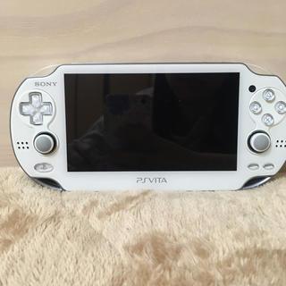 プレイステーションヴィータ(PlayStation Vita)のPSVita 1000 本体 ホワイト(携帯用ゲーム本体)