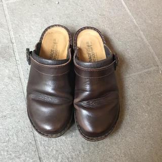 ドクターマーチン(Dr.Martens)のNAOT サボ(ローファー/革靴)