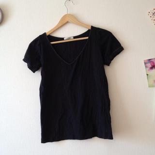 ミスティウーマン(mysty woman)の黒いパフスリーブのシンプルTシャツ(Tシャツ(半袖/袖なし))