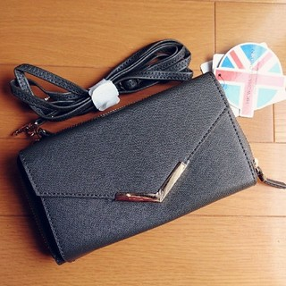シマムラ(しまむら)の新品タグ付き インスタ人気 お財布ショルダー しまむら完売品 ショルダーバッグ (ショルダーバッグ)