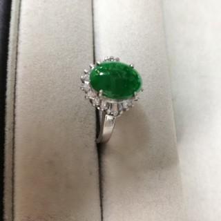 [豪華!ヒスイ]翡翠とダイヤモンドのプラチナリング!(リング(指輪))