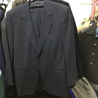 エルメネジルドゼニア(Ermenegildo Zegna)のカナーリのスーツ(セットアップ)