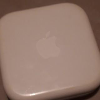 アイフォーン(iPhone)のiPhone正規品 イヤホン(ヘッドフォン/イヤフォン)