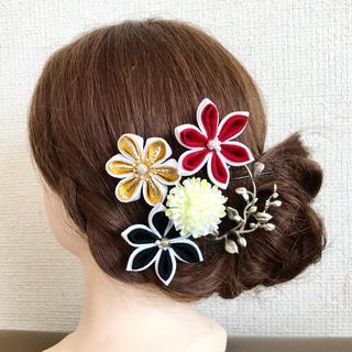 髪飾り つまみ細工 成人式 結婚式 前撮り(ヘアピン)