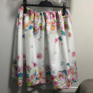 チェスティ(Chesty)のタグ付き フラワースカート(ひざ丈スカート)