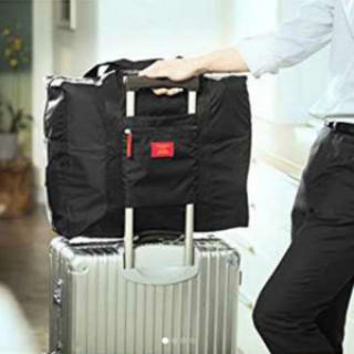 軽量 防水 旅行や出張で大活躍 大容量の折り畳みバッグ 黒 バッグオンバッグ(スーツケース/キャリーバッグ)