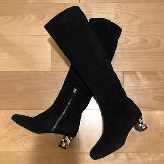 ミュウミュウ(miumiu)の美品❤️ miumiu ビジュー付きロングブーツ 34(ブーツ)