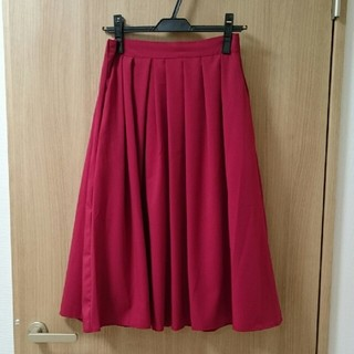 ロペ(ROPE)の【お値下げ!】ROPE スカート 赤(ひざ丈スカート)