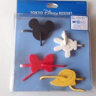 ディズニー(Disney)のまあこ様専用ディズニー ラッピングタイ及びミッキータオル(ラッピング/包装)