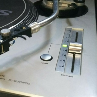 Technics SL1200 MK3D 値下げ(ターンテーブル)