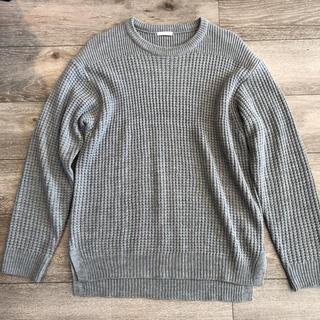 ジーユー(GU)の【美品】GU ジーユー   ニット セーター グレー(ニット/セーター)