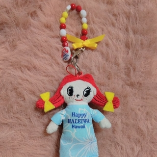 ハレイワ(HALEIWA)のハレイワちゃんチャーム付き♡新品未使用です。(ぬいぐるみ/人形)