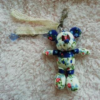 Disney - ディズニー★ノベルティ★花柄ミッキーのチャーム。
