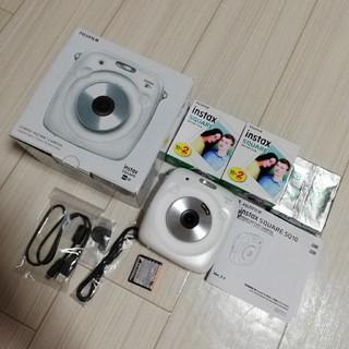 フジフイルム(富士フイルム)のSQUARE SQ10 ホワイト フィルム58枚付き(フィルムカメラ)