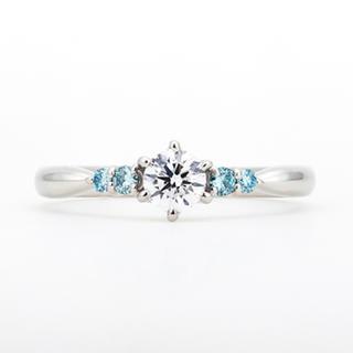 Charmyダイヤモンドリング定価50万円(リング(指輪))