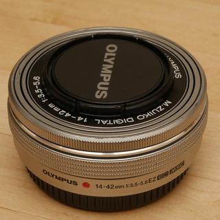 オリンパス(OLYMPUS)のM.ZUIKO 14-42mm F3.5-5.6 EZ 電動ズーム(レンズ(ズーム))