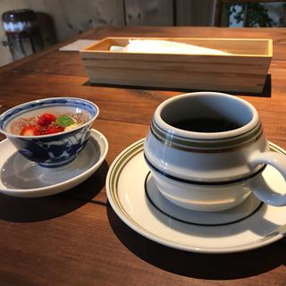 80cm♡小花柄袴ロンパース赤&紫足袋赤リボンセット(和服/着物)