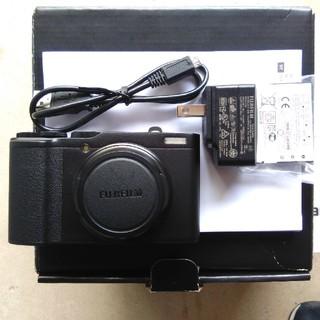 フジフイルム(富士フイルム)の【 美品】FUJIFILM  XF10 ブラック(コンパクトデジタルカメラ)