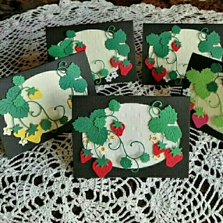 SoldOut 白いレンガに這う蔦イチゴと猫のメッセージカード 5枚(カード/レター/ラッピング)