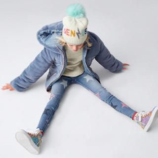 ベビーギャップ(babyGAP)の【定価半額以下】babyGAP♡新品♡105♡スーパーデ二ム・星柄(パンツ/スパッツ)