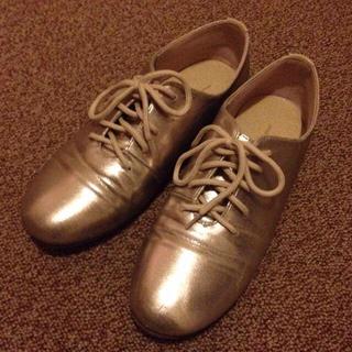 ビュルデサボン(bulle de savon)のゴールド シューズ(ローファー/革靴)