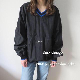 ナイキ(NIKE)の90s NIKE プルオーバー ナイロン ジャケット 黒 青 古着 レディース(ナイロンジャケット)