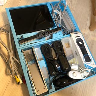ウィー(Wii)のwii 本体 動作確認済み コントローラー ヌンチャク モーションプラス付き(家庭用ゲーム本体)
