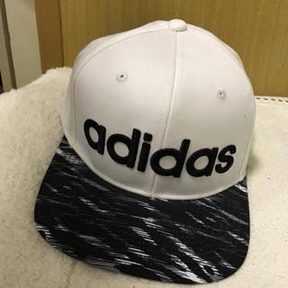 アディダス(adidas)のアディダスの帽子(キャップ)