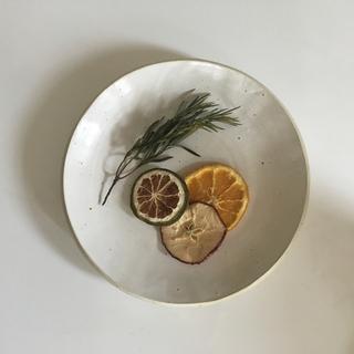 Cut off plate (食器)